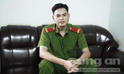 Trung sĩ Lê Văn Mông - thí sinh đạt điểm 10 môn lịch sử