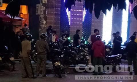 Hai nhóm hỗn chiến trước quán bar ở Sài Gòn