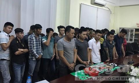 Gần trăm cảnh sát đánh úp sới bạc khủng ở Sài Gòn