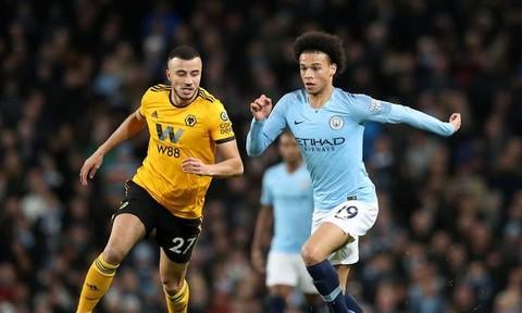 Hạ Wolves, Man City bám đuổi sát nút Liverpool