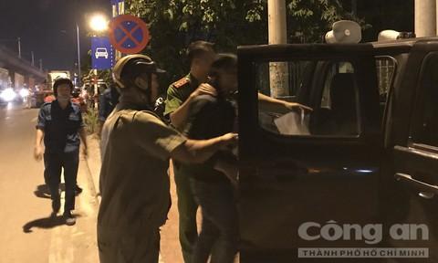 Phụ xe container, tài xế xe tải ở Sài Gòn dương tính với ma túy
