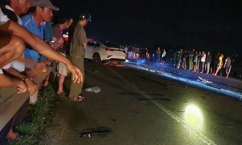 Tai nạn kinh hoàng giữa ô tô và xe máy, 3 người một gia đình tử vong