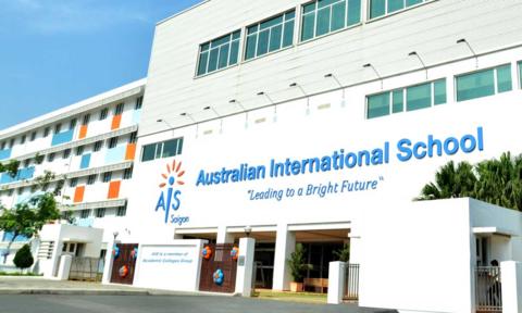 Hai bé gái sinh đôi học tại Trường quốc tế Australia ở TPHCM tự tử