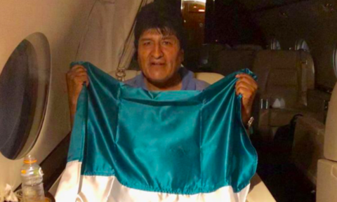 Cựu tổng thống Bolivia – Morales chính thức sang Mexico tị nạn