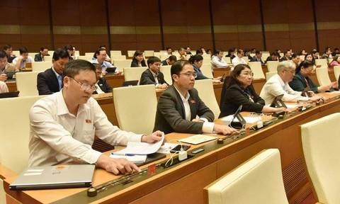 Quốc hội thông qua Bộ luật Lao động: Quy định chi tiết lộ trình tuổi nghỉ hưu