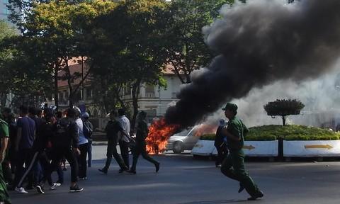 TPHCM: Diễn tập chống gây rối, khủng bố bắt cóc con tin