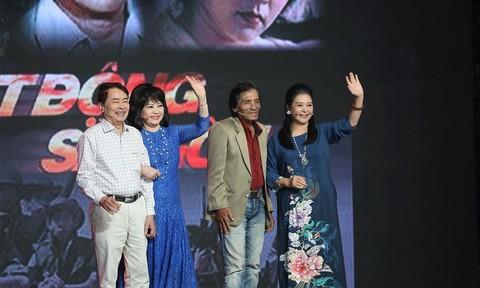 """Dàn diễn viên """"Biệt Động Sài Gòn"""" tái hợp sau hơn 30 năm"""