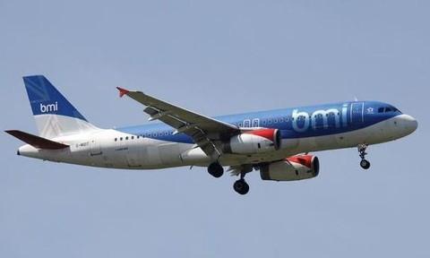 Hãng hàng không xin phá sản vì giá nhiên liệu... tăng quá nhanh