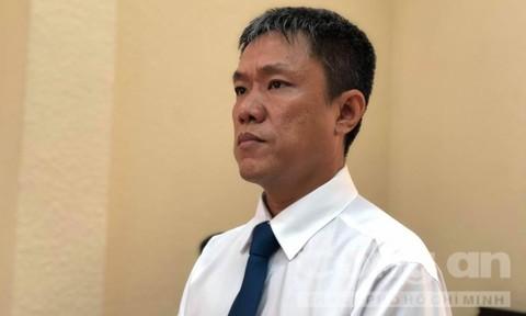 Họa sĩ Lê Linh thắng kiện, giành quyền tác giả 'Thần đồng đất Việt'