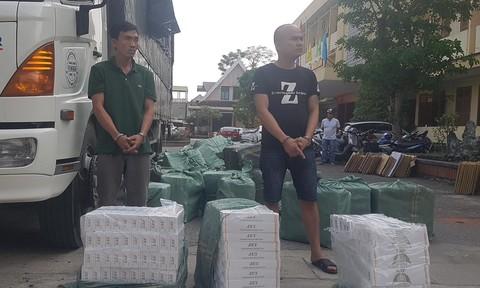 Chở một xe tải thuốc lá lậu từ Quảng Trị và TP.HCM