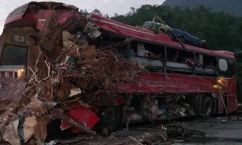 Tai nạn thảm khốc ở Hòa Bình, 3 người chết, 31 người bị thương