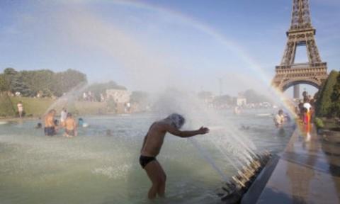 Pháp hoãn kì thi quốc gia cho học sinh vì nắng nóng