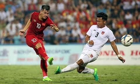 Clip U23 Việt Nam thắng 2-0 trong trận đấu có 2 thẻ đỏ