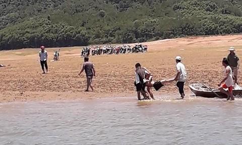 Người đàn ông chết đuối khi đi đánh cá trên hồ Kẻ Gỗ