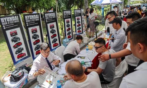 Có nên mua ô tô tại hội chợ?