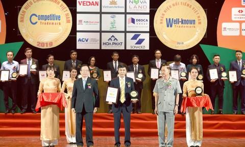 Nam A Bank lần thứ 3 được vinh danh nhãn hiệu nổi tiếng Việt Nam