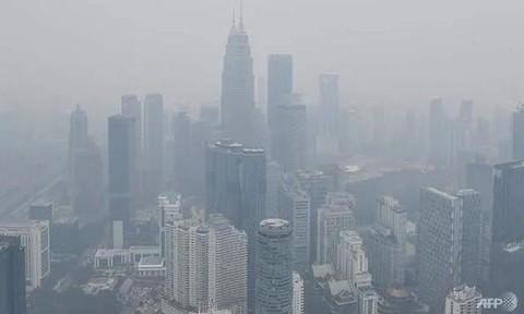 Malaysia đóng cửa gần 2.500 trường học vì cháy rừng từ nước láng giềng