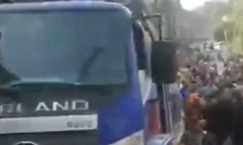 Lao xe tải ở Trung Quốc, ít nhất 10 người thiệt mạng