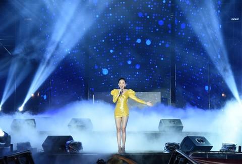 Nghệ sỹ Việt hào hứng cùng F1 tại Đại nhạc hội Go Vietnam Now!