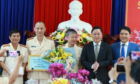 Ngày 30 Tết, chặn đèo Hải Vân bắt tên trộm 3,7 tỷ đồng