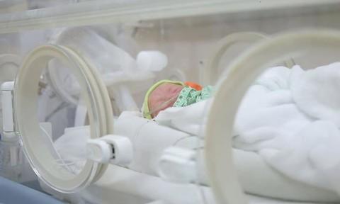 Sản phụ sinh 3 bé trai khi đang cách ly y tế