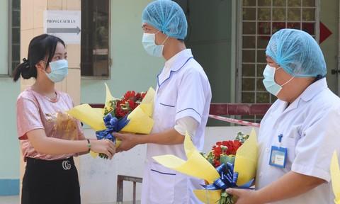 Thiếu nữ nhiễm Covid-19 khiến hơn 1500 người cách ly, đã khỏi bệnh