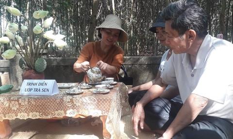 """Đặc sắc chợ quê """"Hương xưa làng cổ bên dòng Ô Lâu"""