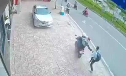 TPHCM: Hai tên cướp giật táo tợn, gây xôn xao trên mạng, đã bị bắt