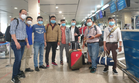 Các bác sĩ chuyên khoa thận và lọc máu của TPHCM chi viện Đà Nẵng