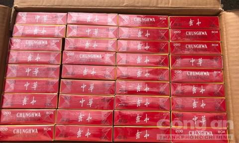 Bắt xe tải chở lượng lớn hàng lậu từ Tây Ninh về TPHCM