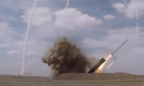 Clip Nga phóng loạt tên lửa phối hợp trong diễn tập