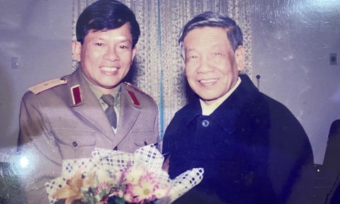Một lần thăm Trường Sa cùng ông Lê Khả Phiêu