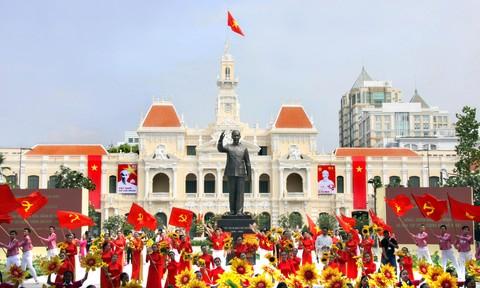 TP.Hồ chí Minh: Tiếp tục đẩy nhanh sự phát triển toàn diện