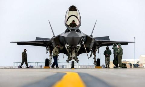 """""""Siêu tiêm kích"""" F-35 có gần 900 lỗi dù đã trong biên chế quân đội Mỹ"""