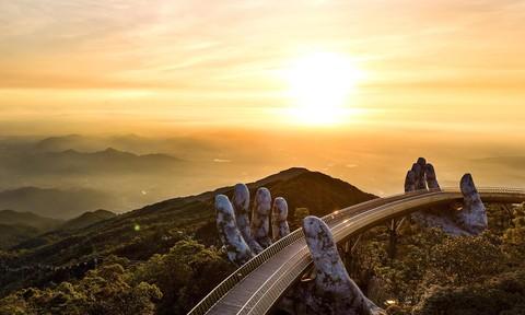 Cảnh đẹp ba miền Tổ quốc trong ánh bình mình đầu tiên của năm mới