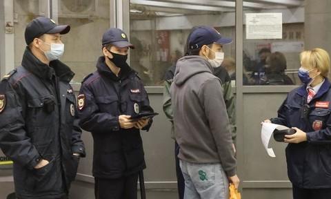 Nga tái phong toả thủ đô khi ca tử vong vì Covid-19 tăng mạnh