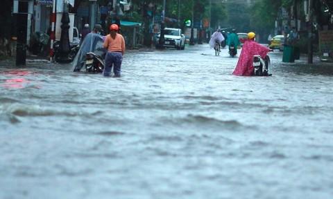 Nhiều nơi ở Quảng Nam, Quảng Ngãi ngập sâu