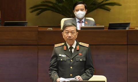 Bộ trưởng Tô Lâm làm rõ một số vấn đề ĐBQH nêu về dự luật Cảnh sát cơ động