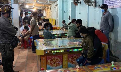 Phá tụ điểm đánh bạc trá hình trong khu vui chơi thiếu nhi