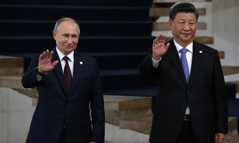 """Nga – Trung """"bắt tay"""" hợp tác sản xuất vaccine Covid-19"""