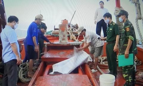 Buôn lậu xăng dầu trên biển vẫn diễn biến phức tạp