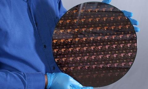 IBM tuyên bố đã chế tạo thành công con chíp nhỏ nhất thế giới