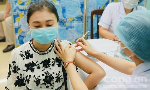 Trung tâm Kiểm soát bệnh tật TPHCM được phân bổ 786.000 liều vắc xin