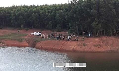 Thương tâm 2 học sinh đuối nước ở hồ La Ngà