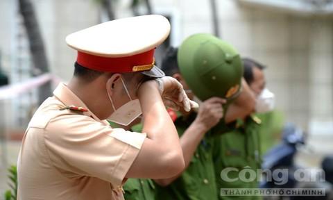 Lực lượng Công an TPHCM dốc sức dốc lòng trong đại dịch