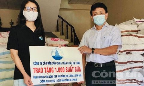 Công ty Cổ phần sữa chua Trân Châu Hạ Long tiếp sức tuyến đầu chống dịch