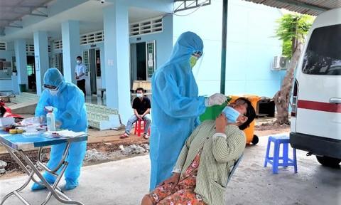 TPHCM phát hiện thêm 3 chuỗi lây nhiễm mới ở các khu dân cư