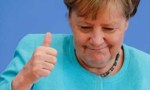 Nhìn lại 16 năm cầm quyền của nữ thủ tướng Đức Angela Merkel