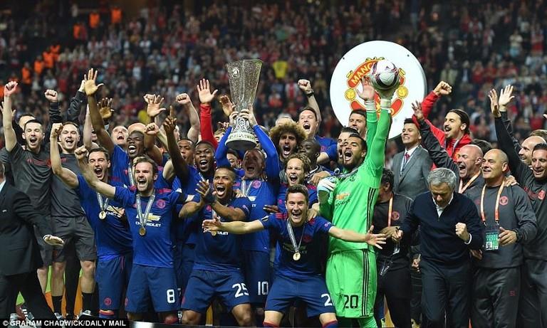 MU vô địch Europa League